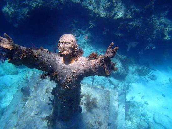 christ of abyss dive site