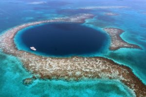 aerial image of the great blue hole, belize