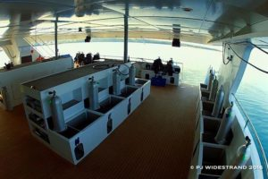 blue manta liveaboard dive deck