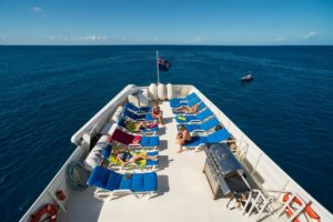 sundeck-turks-and-caicos-explorer-liveaboard