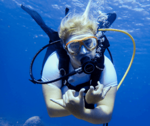 Learn how to scuba dive with PADI or SSI or NAUI - as long as you do, we won't mind which!