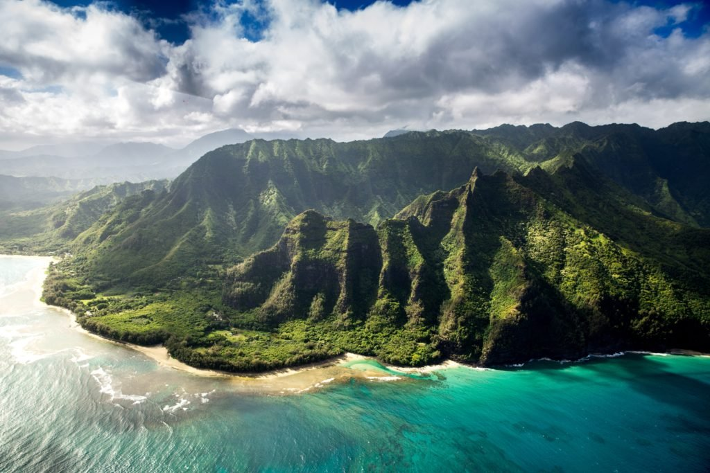 guide to scuba diving in hawaii